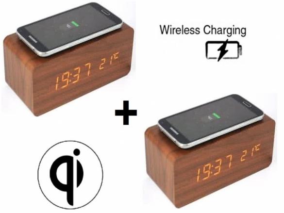Houten Wekker Met Ingebouwde Qi Lader Smartphone